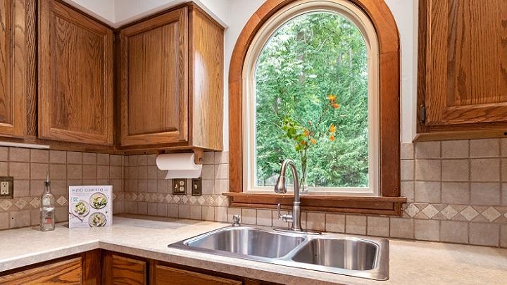 cocina-de-madera-de-estilo-rustico