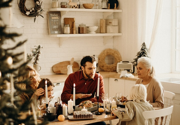 coronas-de-navidad-en-la-cocina