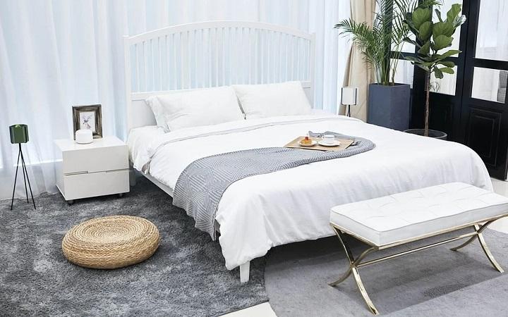 dormitorio-con-alfombra-de-color-gris