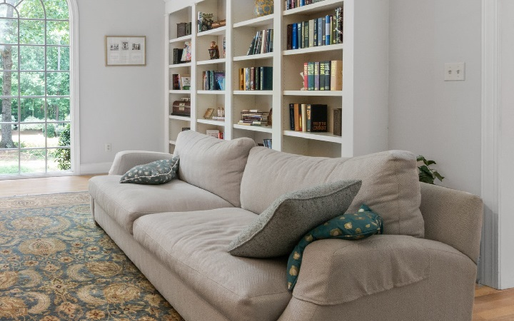 libreria-en-zona-de-estar