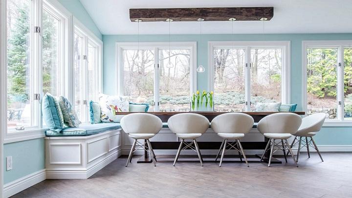 espacio-decorado-en-blanco-y-azul