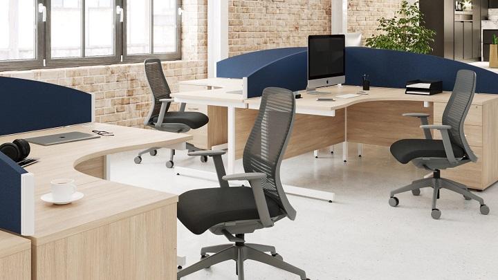 oficina-con-sillas