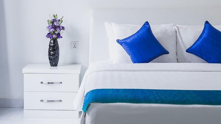 ropa-de-cama-en-blanco