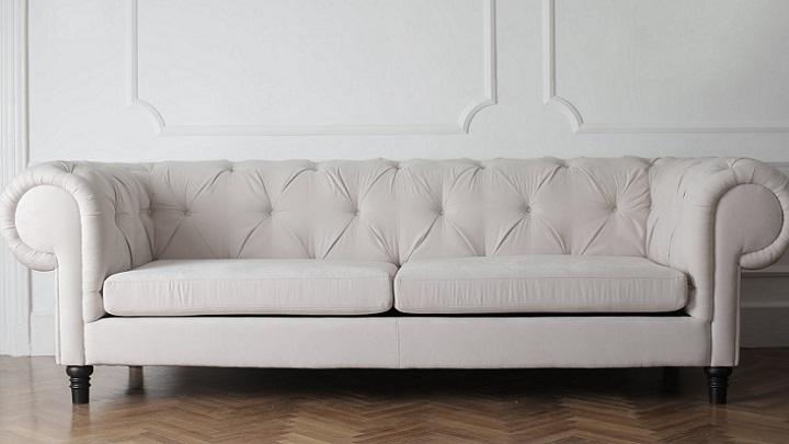 sofa-clasico-de-color-blanco