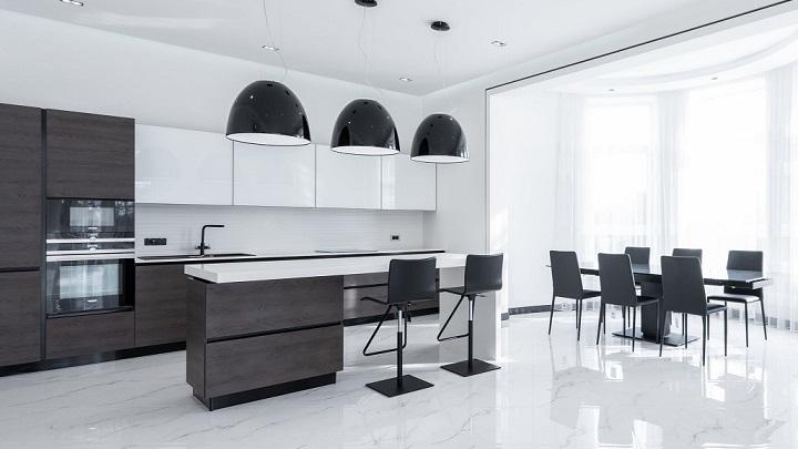 cocina-decorada-en-negro-y-blanco