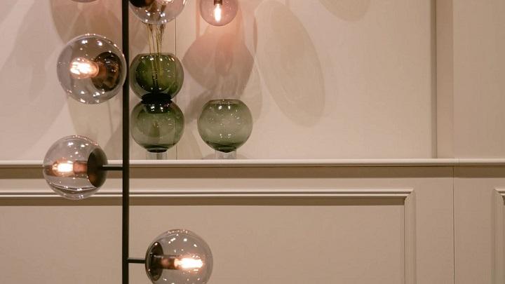lampara-decorativa-en-salon