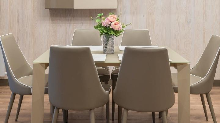 mesa-de-comedor-de-color-gris