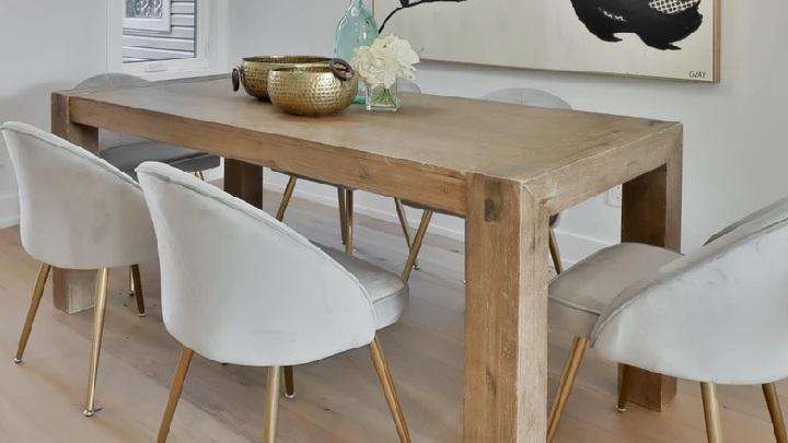 mesa-de-madera-con-mucha-presencia