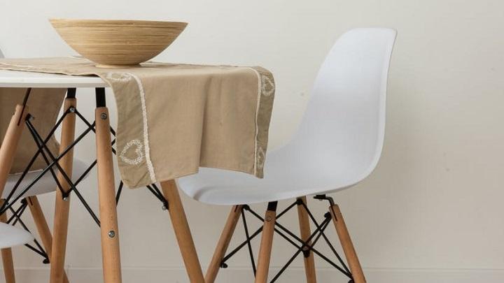 mesa-pequena-en-blanco