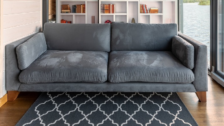 sofa-junto-a-libreria