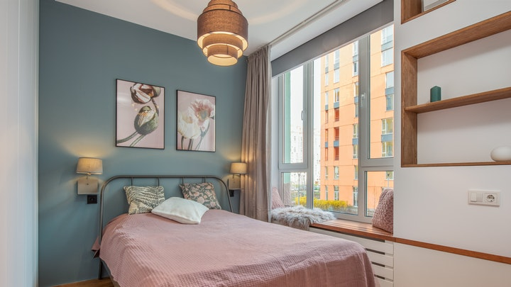 pared-azul-en-el-dormitorio