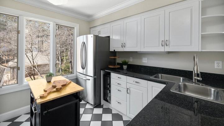 cocina-en-colores-blanco-y-negro