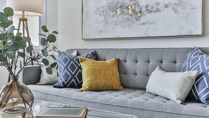 sofa-gris-son-cojines