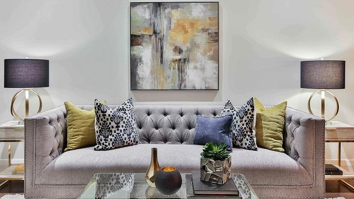 sofa-gris-en-salon