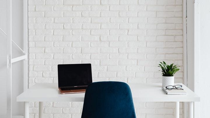 silla-de-escritorio-azul