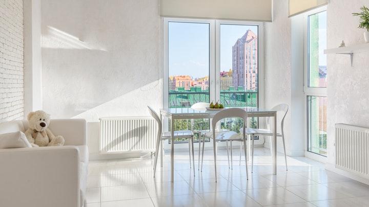 estancia-con-balcon