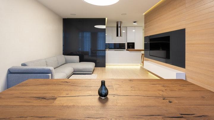 salon-decorado-en-madera